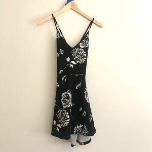 Black Windsor Dress With White Rose Details